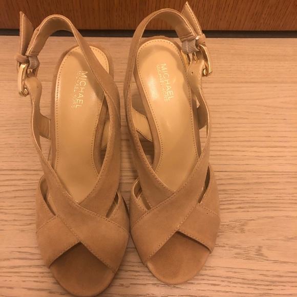 MK suede leather high heels 5.5